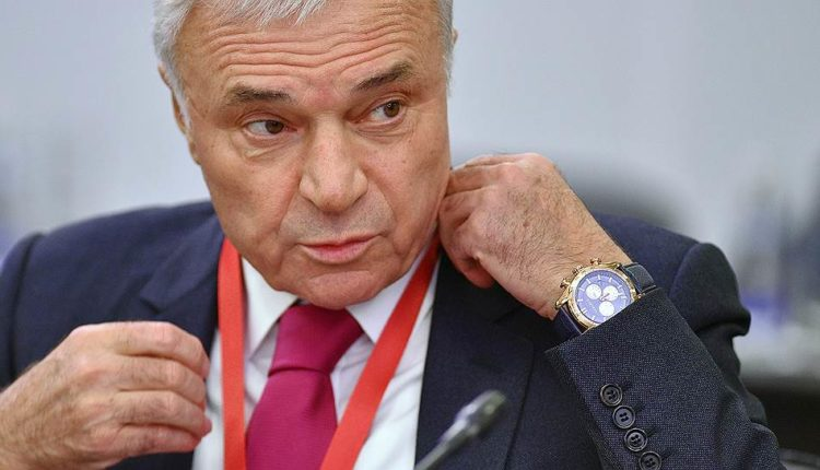 Олигарх Рашников оказался любителем Черногории