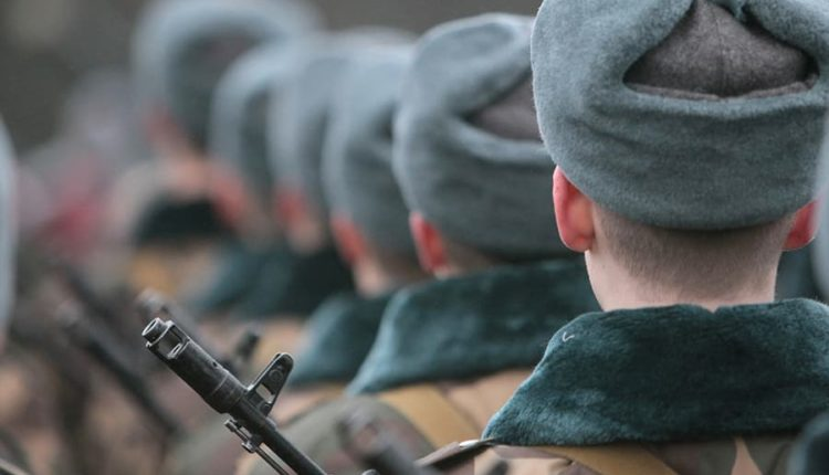 Незаконно призванный в армию аспирант отсудил у Минобороны 188 тысяч рублей