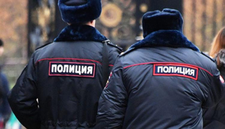 Избивали задержанных и вымогали деньги: пятеро наркополицейских пойдут под суд
