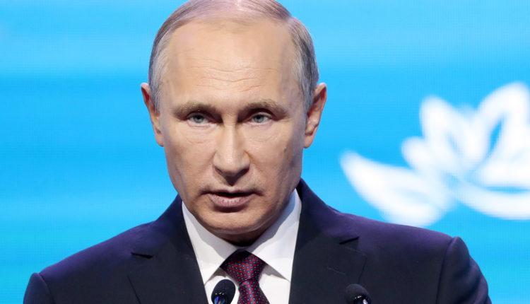 Путин заявил о пользе «встряхивающих власть» протестов, но в рамках закона