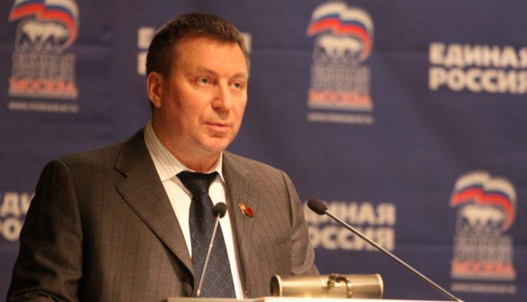 Кремль проверит информацию о заграничном бизнесе главного столичного единоросса Метельского