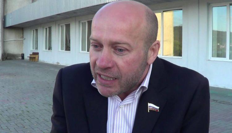 Челябинского депутата Госдумы Олега Колесникова заподозрили в хищении более 413,9 млн рублей