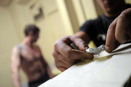 Депутаты Госдумы предложили смягчить наказание за наркотики. Правительство – против
