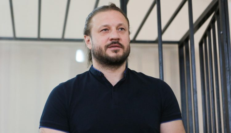 Бывший челябинский вице-губернатор Сандаков выходит из колонии