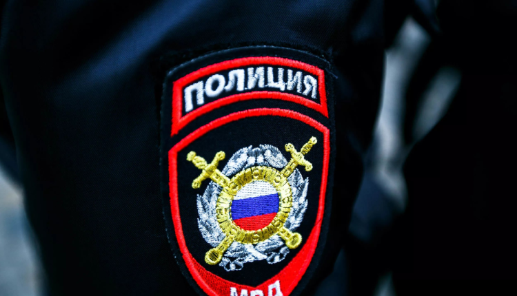 Полицейский отделался «условкой» за избиение задержанного до разрыва желудка, после которого он стал инвалидом