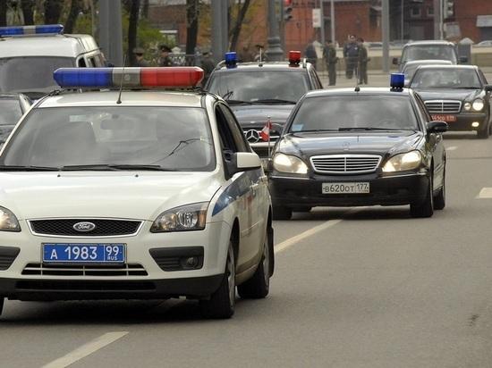 Автомобиль службы протокола Дмитрия Медведева наехал на пешехода в Московской области