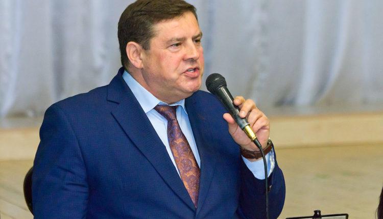 Замглавы «челябинской Рублевки» и его бизнес-партнеру предъявили обвинение в мошенничестве