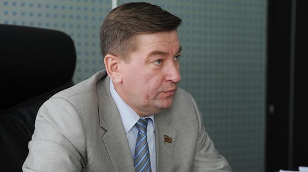 Силовики нагрянули с обыском в элитную квартиру депутата челябинского Заксобрания Чебыкина