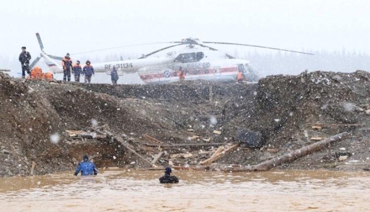 Количество пострадавших при прорыве дамб под Красноярском возросло до 26 человек