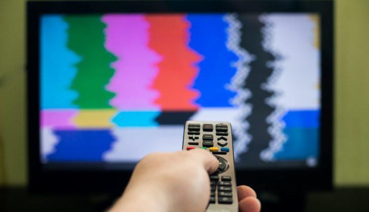 Долги «Первого канала» и его подрядчиков поставили под угрозу телевещание в России