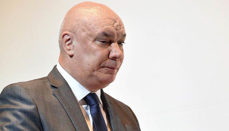 Путин распорядился уволить главу ФСИН Геннадия Корниенко