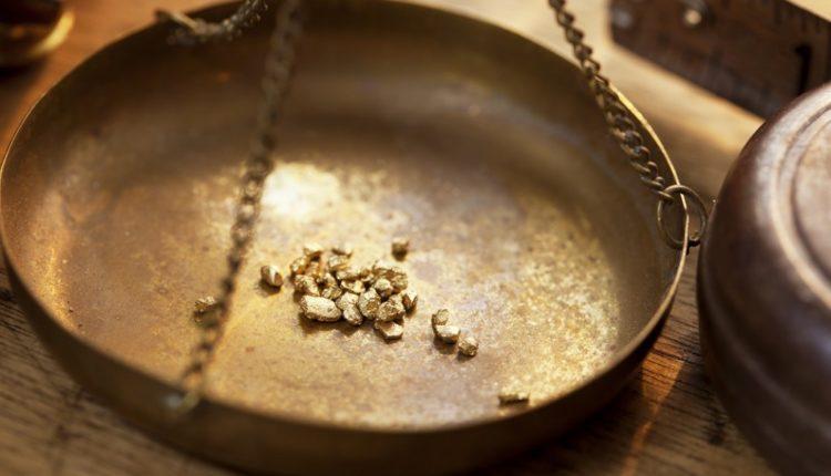 Следователи хотят наложить арест на золото, затопленное при прорыве дамб в Красноярском крае