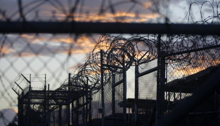 Начальник калужской тюрьмы разрешил заключенному съездить в Москву за 50 тысяч рублей