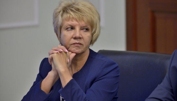 Глава южноуральского города решила засудить депутата, который отказался повышать ей зарплату