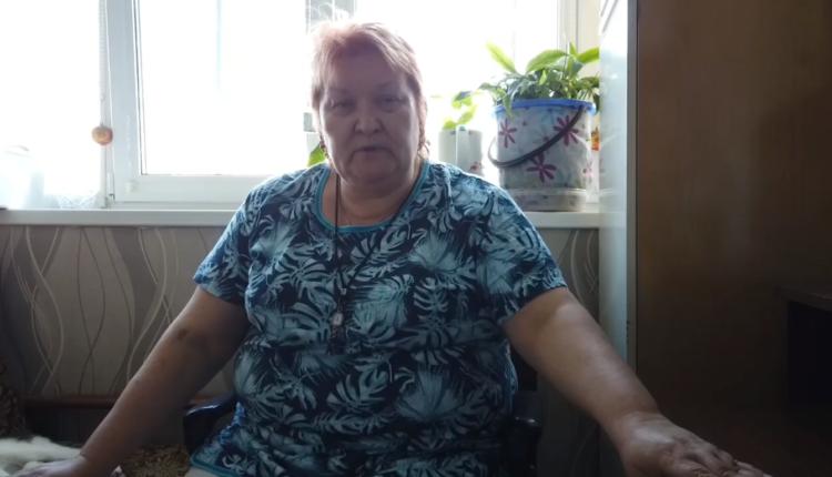 С пенсионерки, сделавшей репост о взрыве у дверей УФСБ, сняли уголовное обвинение. ВИДЕО