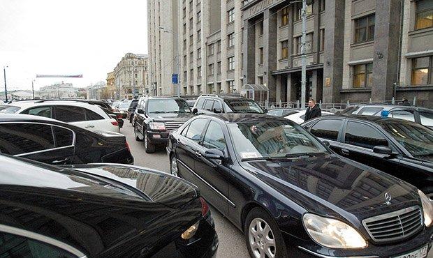 «Роскосмос» отдаст около 100 млн рублей на аренду автомобилей представительского класса