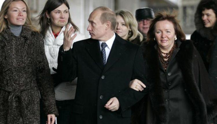 Путин – о бизнесе своих дочерей: «Вы поковыряйтесь там подробнее»