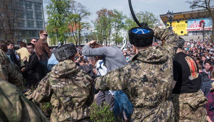 Московские власти потратят 6 млн рублей на обучение казаков стрельбе и рукопашной борьбе