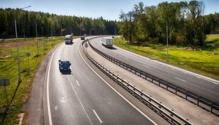Автомобилистов начнут штрафовать на крупные суммы за неоплаченный проезд по платной дороге