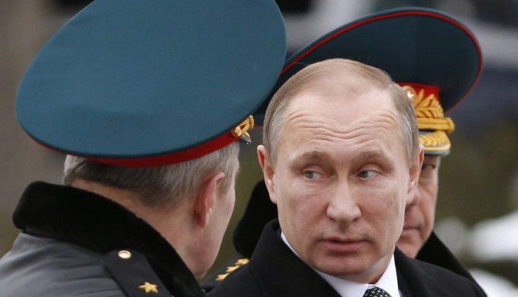Граждане России назвали президента и силовиков самыми влиятельными силами в стране