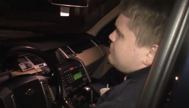 В Кирове представитель «золотой молодежи», в 13 лет насмерть сбивший пешехода, снова попался пьяным за рулем и обматерил журналиста. ВИДЕО