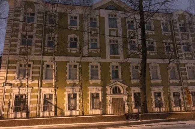 В особняке ФСБ в центре Москвы обнаружены «мутные» фирмы, занимавшиеся обналом