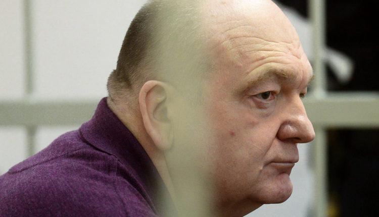 Прокуратура попытается оспорить решение о выходе из колонии по УДО экс-главы ФСИН Александра Реймера