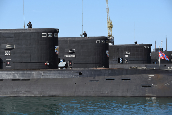 Офицера-подводника уволили за то, что он напился на российской базе в Сирии и ругался матом на портрет Путина