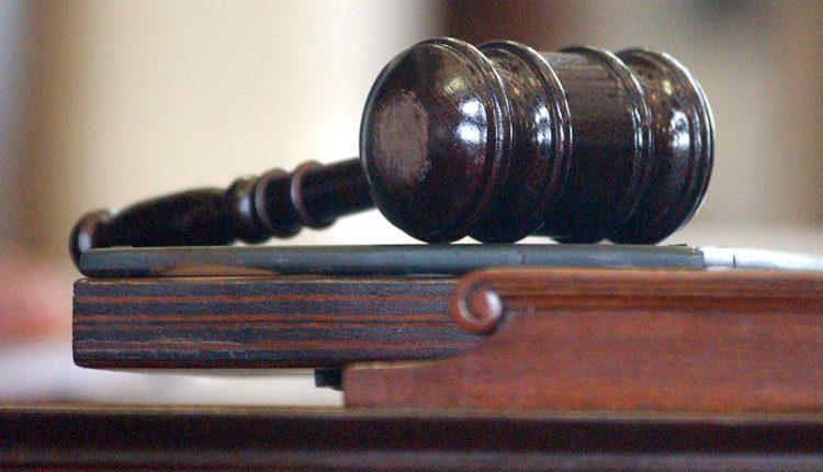 В Челябинской области женщину оштрафовали за оскорбление чиновника