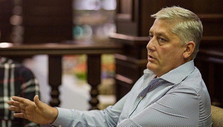 Экс-вице-губернатор-матерщинник Иван Сеничев купил дочке элитную квартиру в Москве. ФОТО
