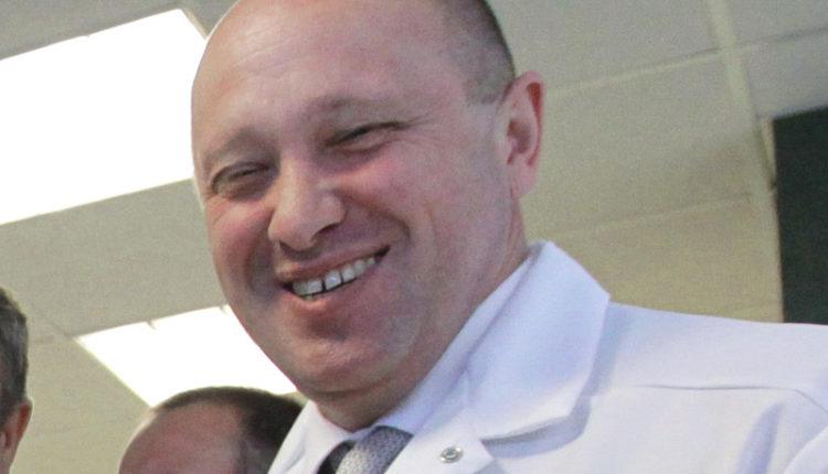 Фирма «повара Путина» без конкурса получила контракт на питание больных коронавирусом