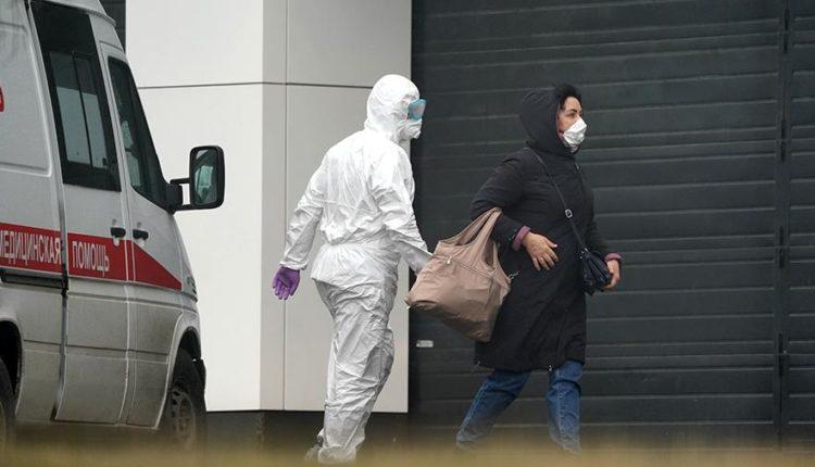 Единороссы предложили ввести уголовную ответственность для сбежавших из-под карантина по коронавирусу