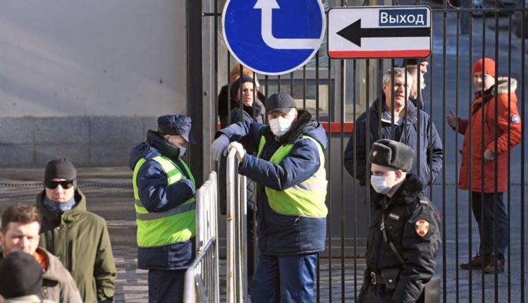Москву полностью закроют, когда коронавирусом заразятся 800 человек