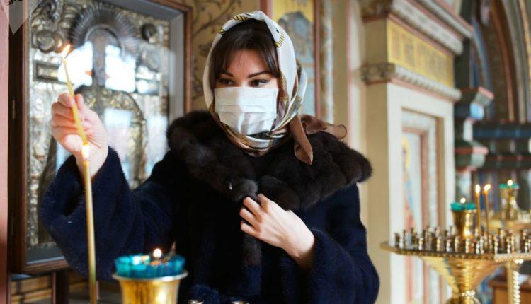 В половине регионов России православные храмы останутся открытыми для прихожан на Пасху