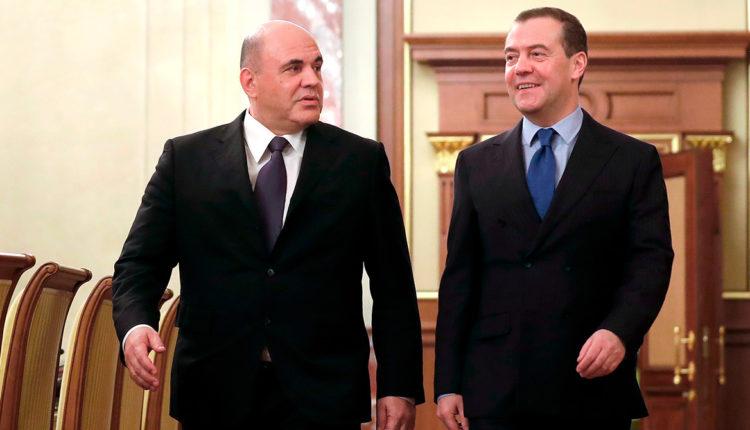 Мишустин не смог превзойти Медведева по рейтингу одобрения со стороны граждан