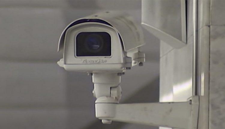 В Челябинске камера с распознаванием лиц выявила нарушительницу карантина