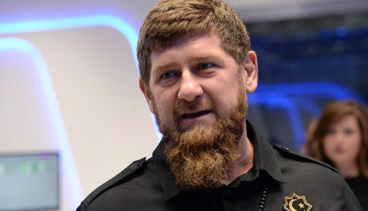 «Буду бить дубинками, буду сажать в тюрьму». Кадыров пригрозил нарушителям режима изоляции