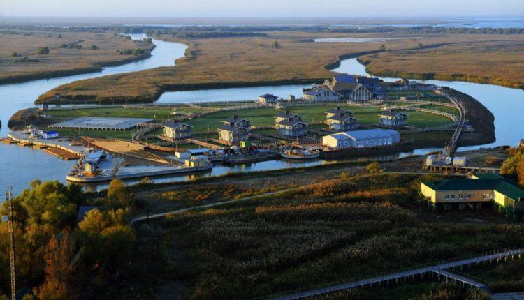 У Дмитрия Медведева нашли секретный остров на Волге. Там стоит его резиденция за 2 миллиарда. ВИДЕО