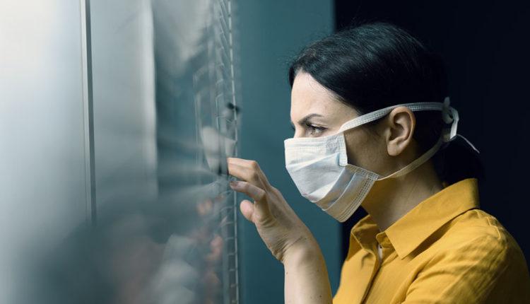 Собянин обязал жителей Москвы с простудными симптомами соблюдать самоизоляцию как при COVID-19