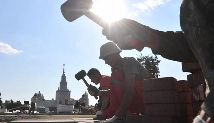 Несмотря на запрет Собянина, в Москве продолжают тратить бюджет на благоустройство и развлечения