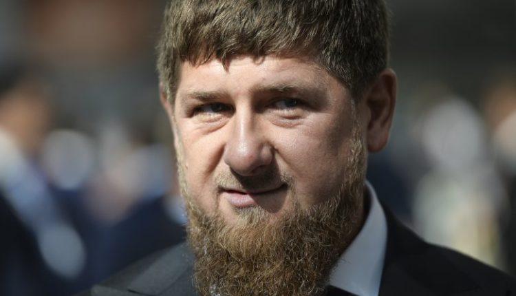 Кадыров потребовал отправить на принудительные работы авторов ВИДЕО о задержаниях нарушителей карантина