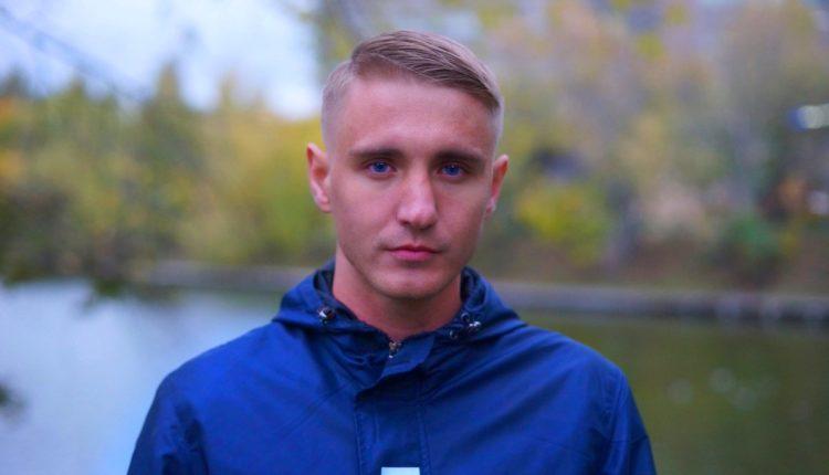 Кавказцы толпой жестко избили видеоблогера, разоблачающего их махинации. ВИДЕО