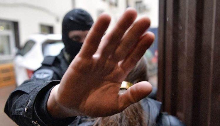 В Челябинской области силовики пришли с обыском к главе отделения ПАРНАСа, назвавшему «подлой тварью» пресс-секретаря полиции