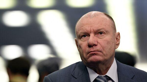 Самый богатый человек России потерял 1,5 млрд долларов за день. Это связано с утечкой топлива в Норильске