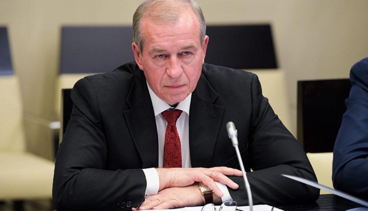 Коммунист Левченко, ушедший в «добровольную» отставку с поста иркутского губернатора, попросил у президента дать ему снова участвовать в выборах главы региона