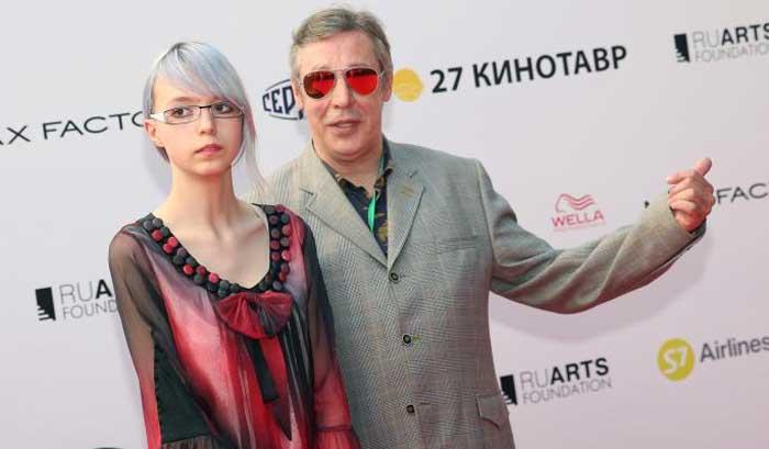 «Впрочем, ничего нового». Дочь Михаила Ефремова – о ДТП с участием ее пьяного отца