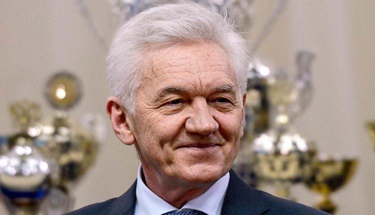 Друг президента Тимченко незаконно занимает дачу генсека Хрущева