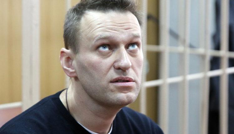 СК в рекордные сроки завершил следствие по делу о клевете, возбужденному в отношении Навального