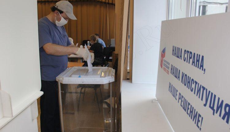 В Москве избирательный участок продолжил работать после обнаружения коронавируса у председателя