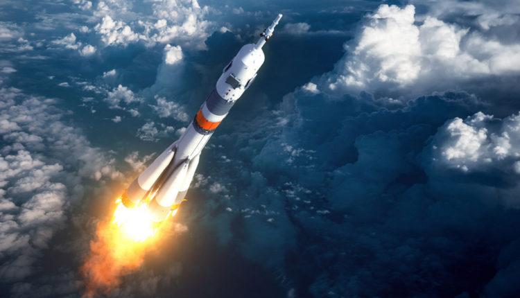 Власти урежут финансирование космических программ на 60 млрд рублей в следующие три года
